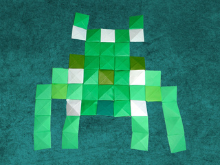 Origami Pixels Space Invader by Mathieu