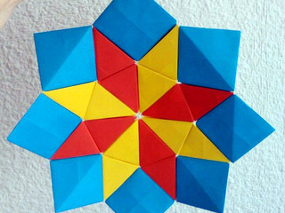 Origami Wind Rose Star made with origami pixels and trixels by Sonsi Martin