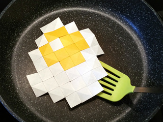 Sunny side up origami pixels are over easy to make!
